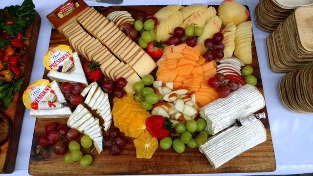 Fruit and Cheese Platter 201610