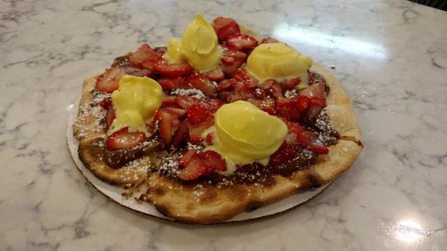 Strawberries and Cream Dessert Pizzetta 2017
